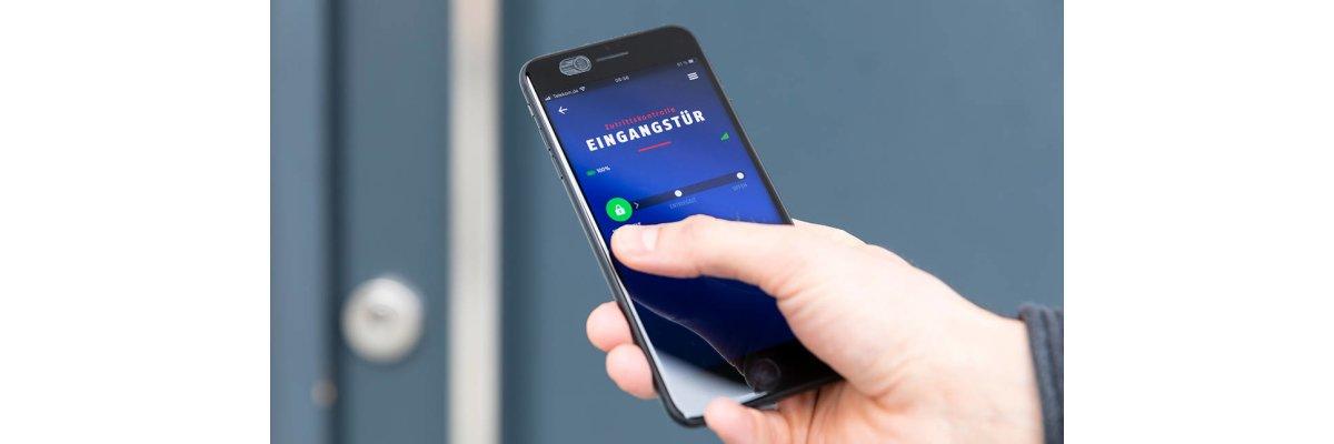 ABUS HomeTec Pro Bluetooth® Türschlossantrieb - Das Smartphone wird zum Haustürschlüssel - ABUS HomeTec Pro Bluetooth® Türschlossantrieb CFA3100 - Das Smartphone wird zum Haustürschlüssel