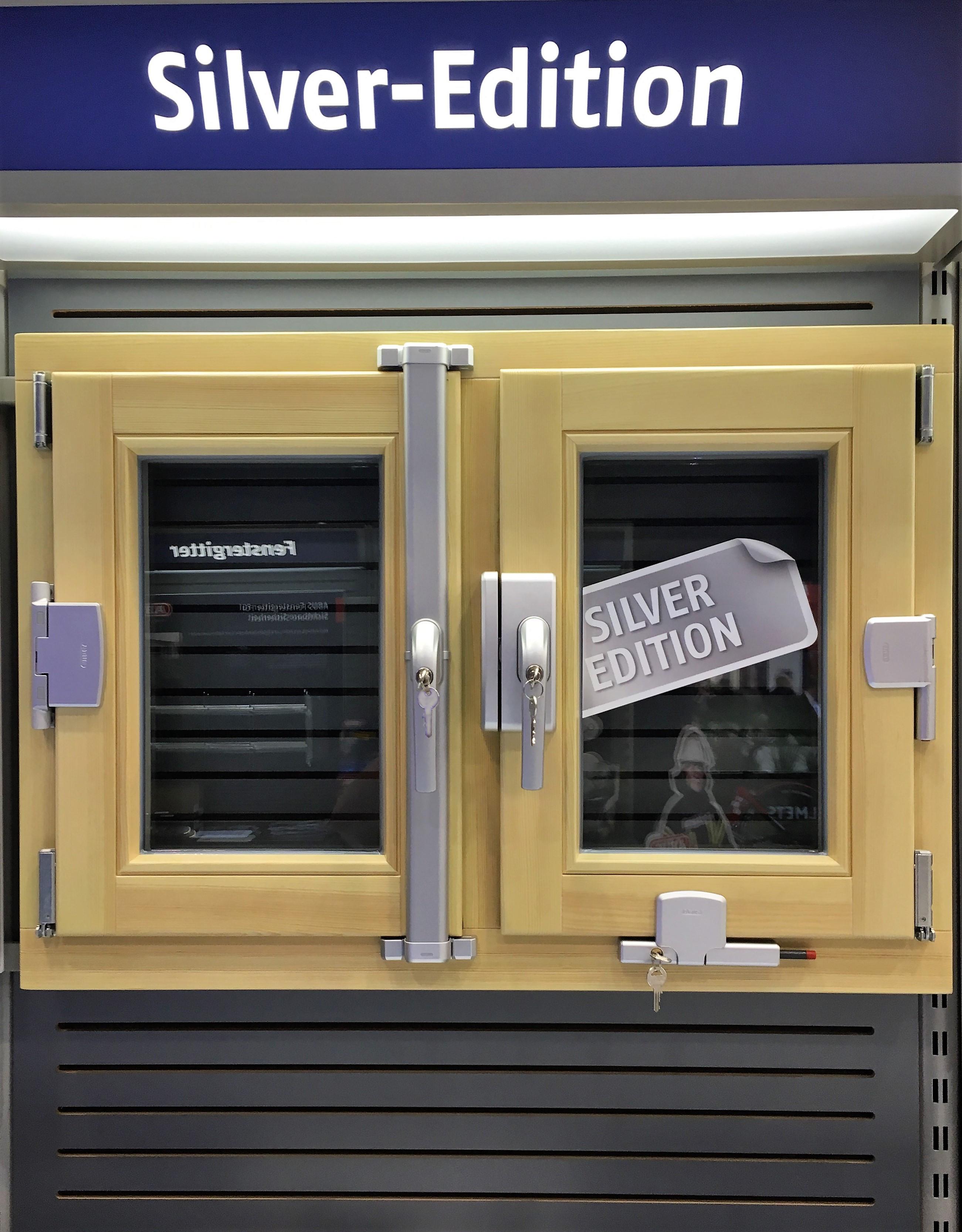 Fenstersicherungen In Der Farbe Silber Abus Fachhandel First Mall